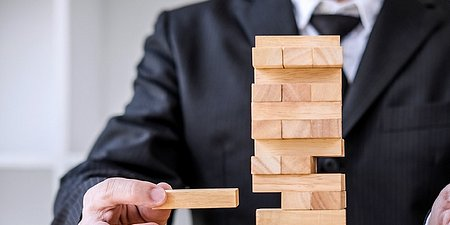 How to Use Value at Risk (VaR) to Manage Your Assets