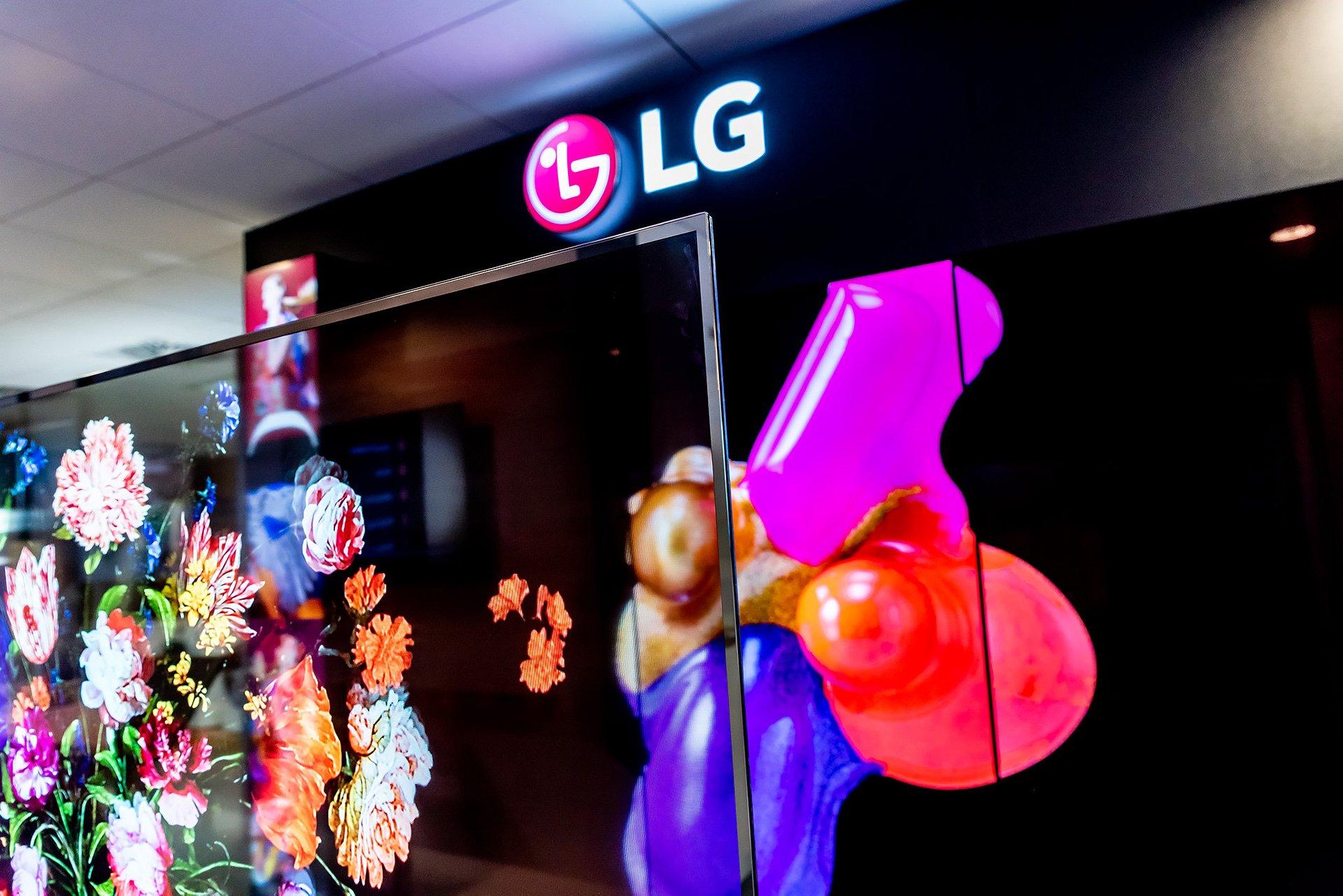Transparentna przyszłość - innowacyjny T-OLED LG jest już w Polsce