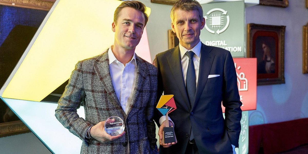 Transformacja cyfrowa w PKO Banku Polskim podwójnie nagrodzona