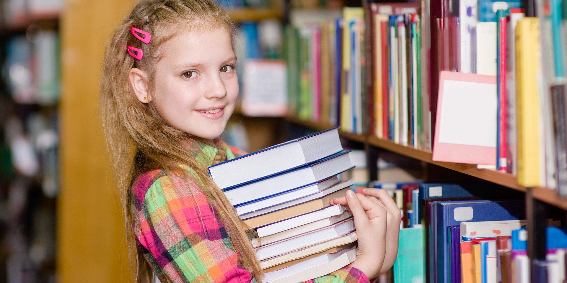 Zdecyduj, które szkolne biblioteki otrzymają w sumie 10 tysięcy książek! Każdy głos się liczy!