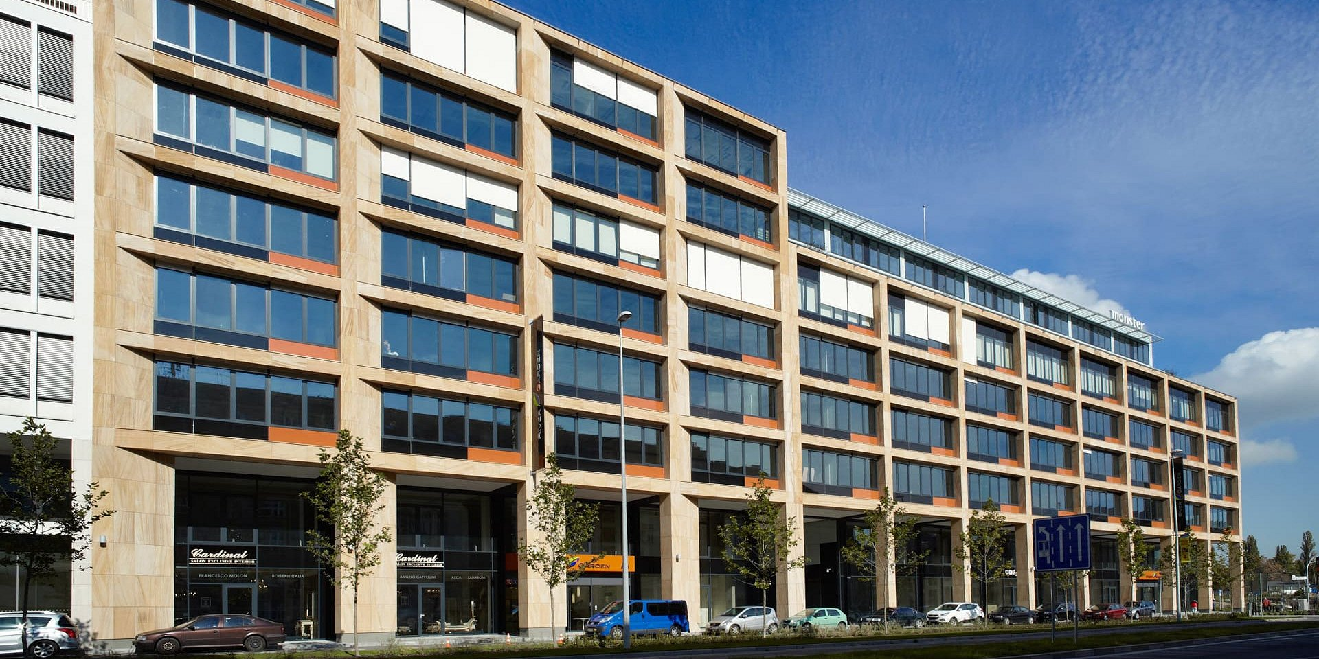 Německý fond Warburg-HIH Invest vstoupil na český trh – koupil komplex River Garden I