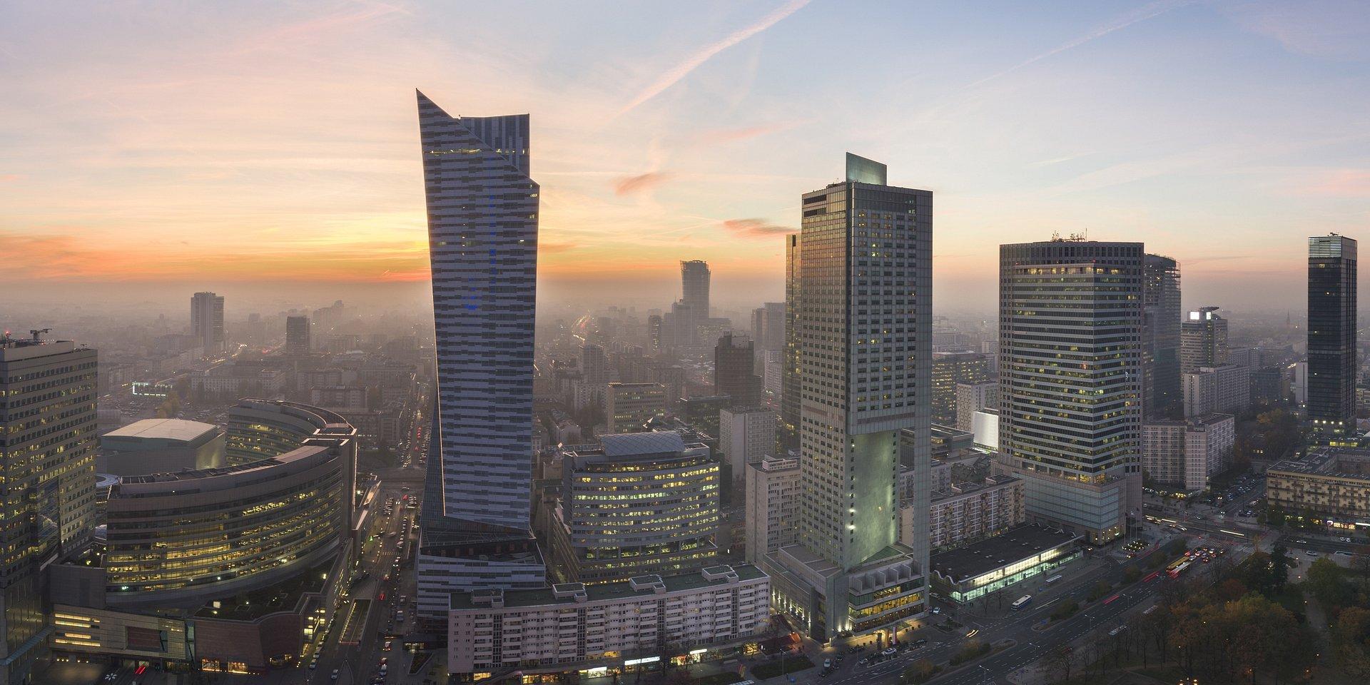 Warta sprzedaje biurowiec w centrum Warszawy