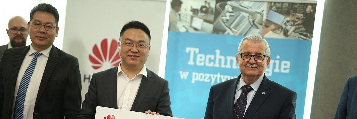 Huawei rozwija współpracę z Politechniką Poznańską