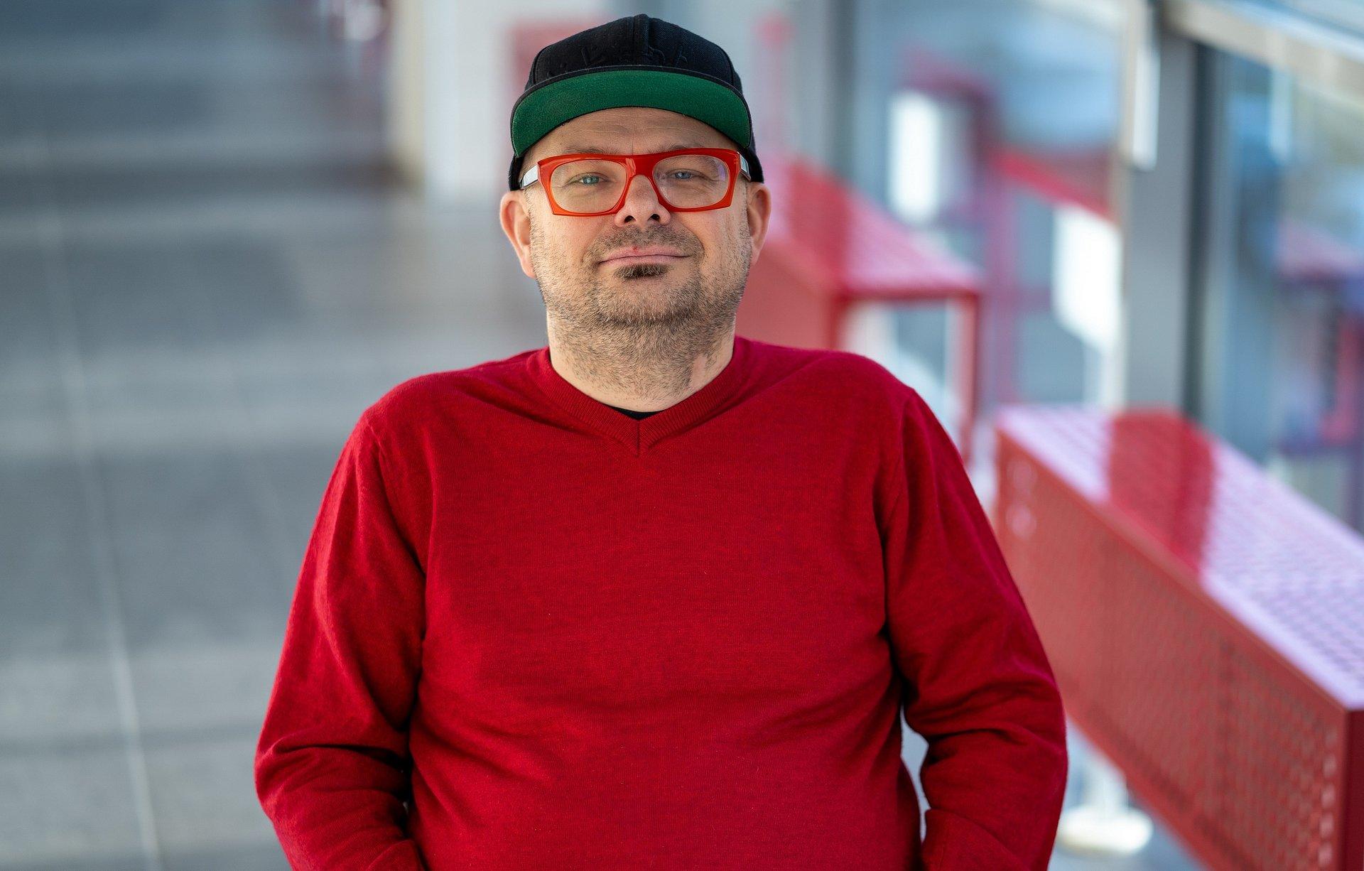 strategie komunikacji w social mediach: Tomasz Jakub Sysło