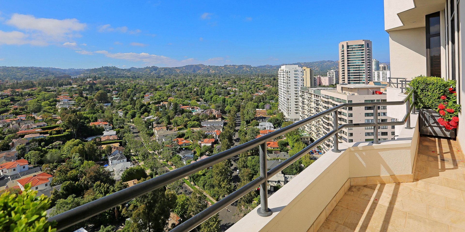 Coldwell Banker Residential Brokerage Lists Wilshire House Penthouse Property in Los Angeles for $9.98 Million