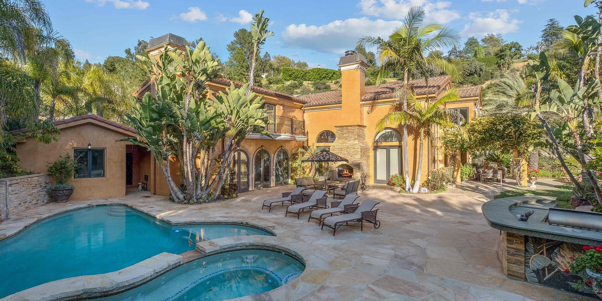 Coldwell Banker Residential Brokerage Lists Los Angeles Property for $10.995 Million