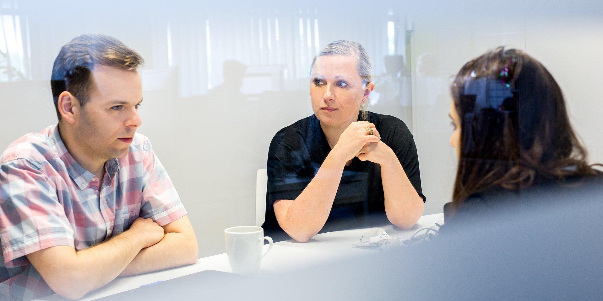 Od projektu do teamu – Bluerank bada kulturę organizacyjną i rozwija model współpracy z klientami.