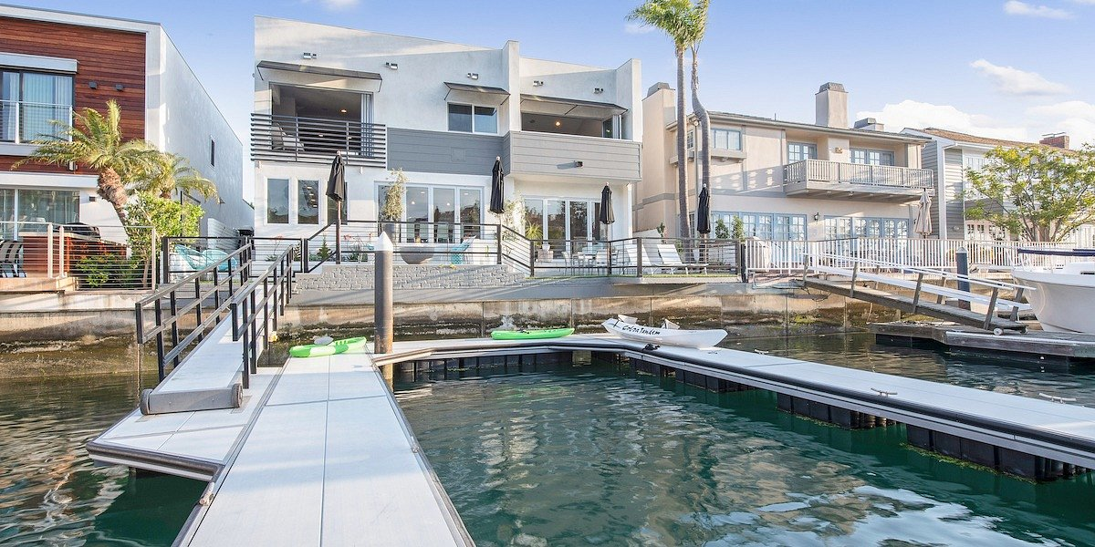 Coldwell Banker Residential Brokerage Lists Bayfront Newport Beach Property for $5.195 Million