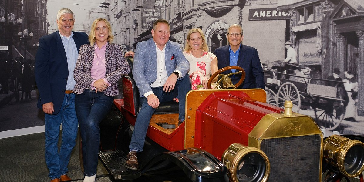 Coldwell Banker Residential Brokerage Celebrates Sales Associates at Quarterly On Track Event