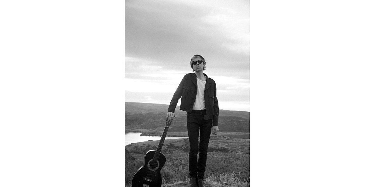 """Beck udostępnia ostatni utwór zapowiadający """"Hyperspace"""""""