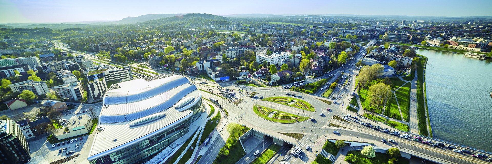 Regionalne rynki powierzchni biurowych depczą Warszawie po piętach