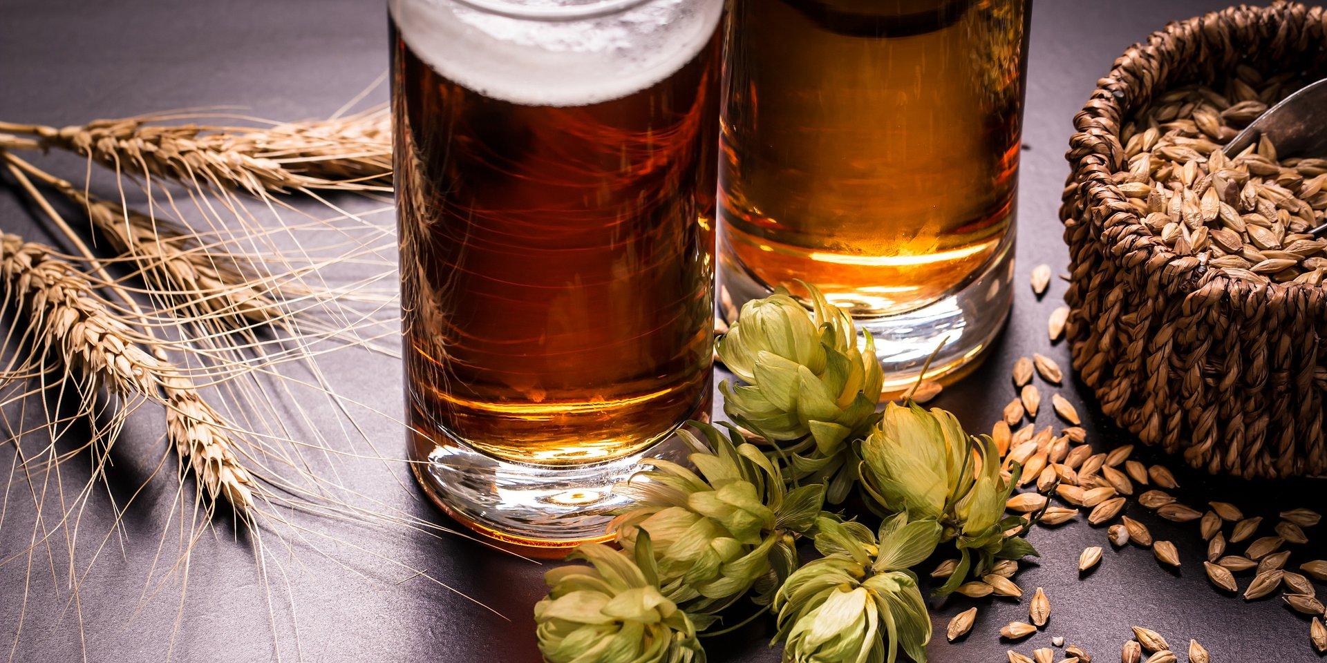 Podniesienie stawki akcyzy w równej wysokości o 10 proc. dla piwa i wyrobów spirytusowych doprowadzi do stworzenia preferencji fiskalnych i dalszego wzrostu konsumpcji wyrobów spirytusowych w Polsce.