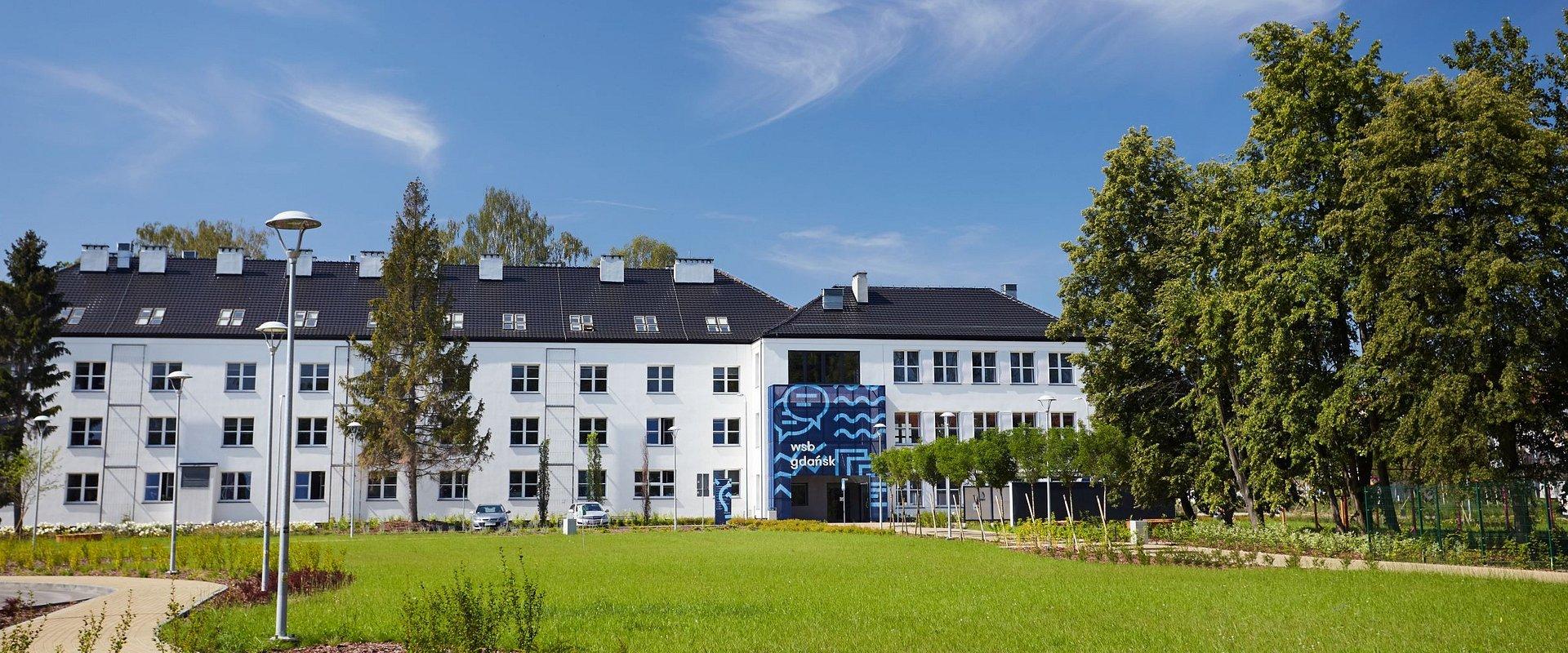 Największa niepubliczna uczelnia w regionie, na podium raportu MNiSW