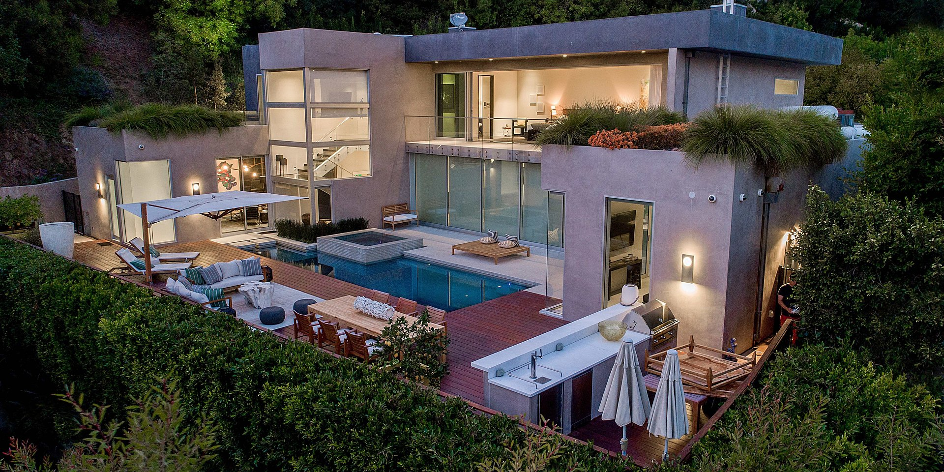 Coldwell Banker's Jade Mills Lists Los Angeles Property for $9.395 Million