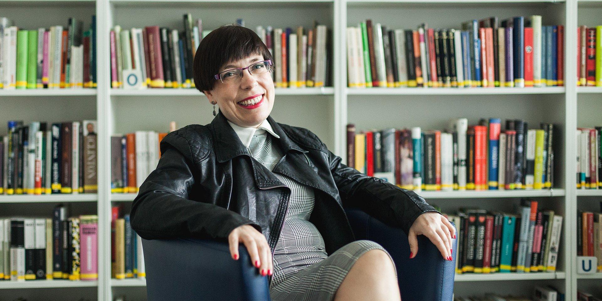 komunikacja nowomedialna: dr hab. Agnieszka Węglińska prof. DSW