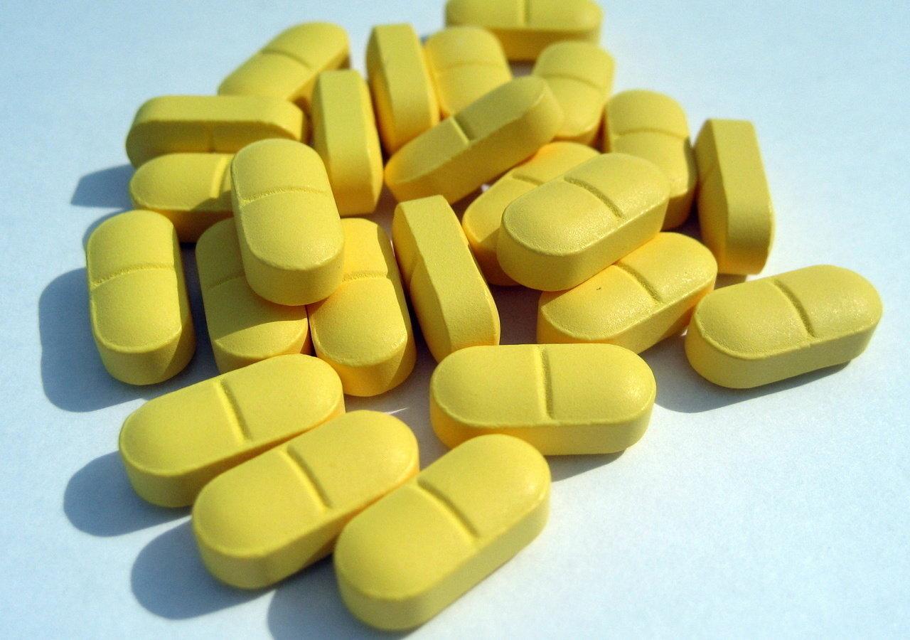 Kraj lekiem i suplementem płynący?
