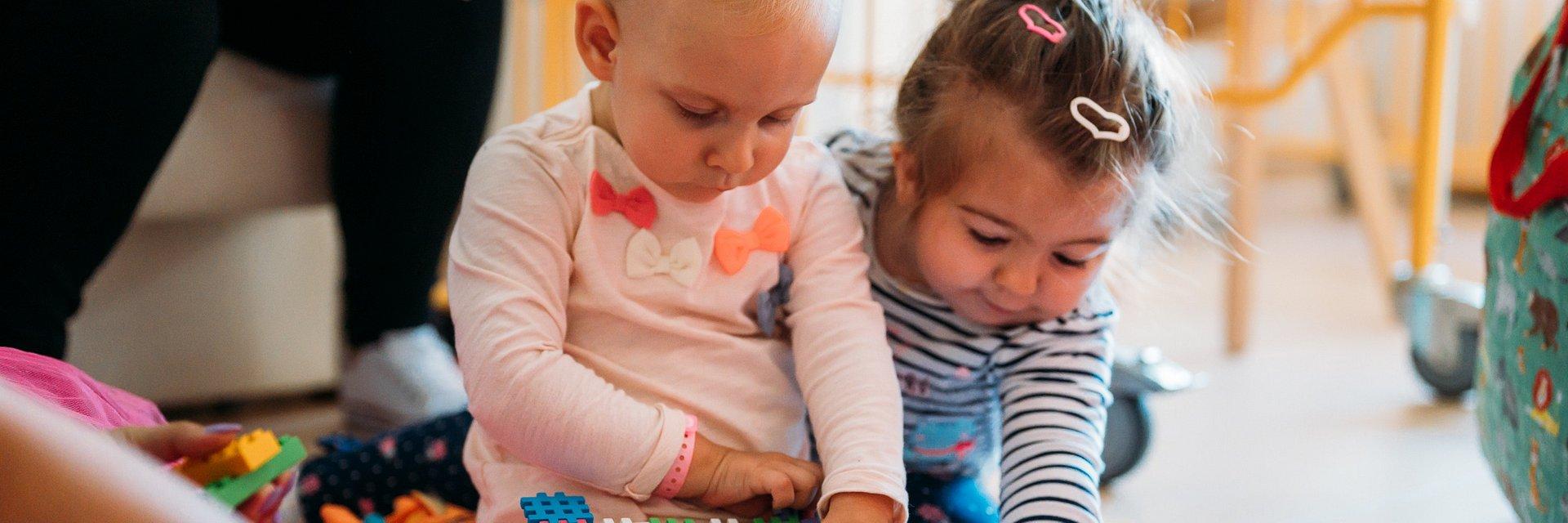 Współpraca na rzecz osób z MHE: Paley European Institute łączy siły ze Stowarzyszeniem Pomocy Chorym z Zespołem Mnogich Wyrośli Chrzęstno-Kostnych