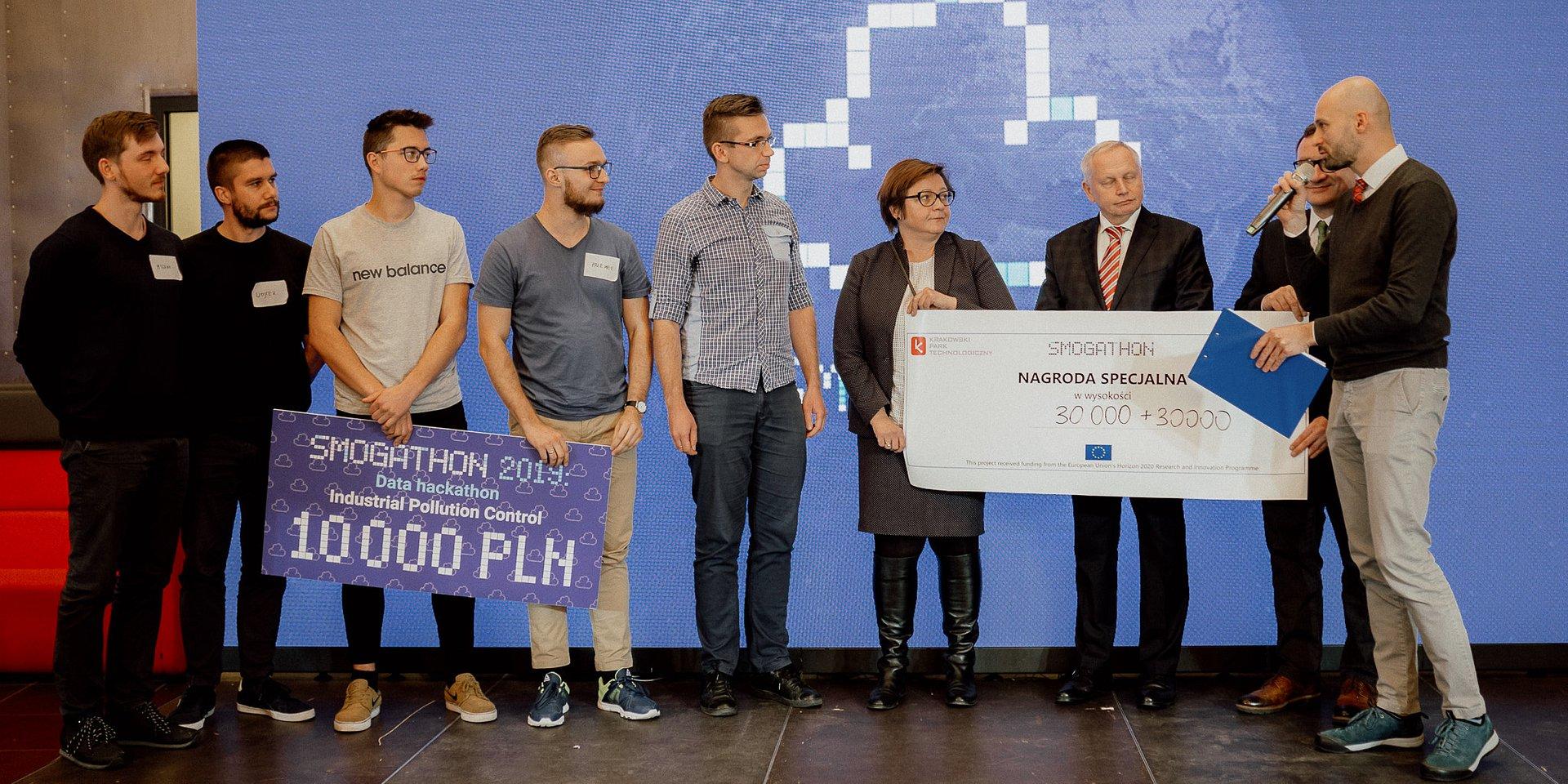 Smogathon 2019: nagroda specjalna KPT dla zespołu Qubit!