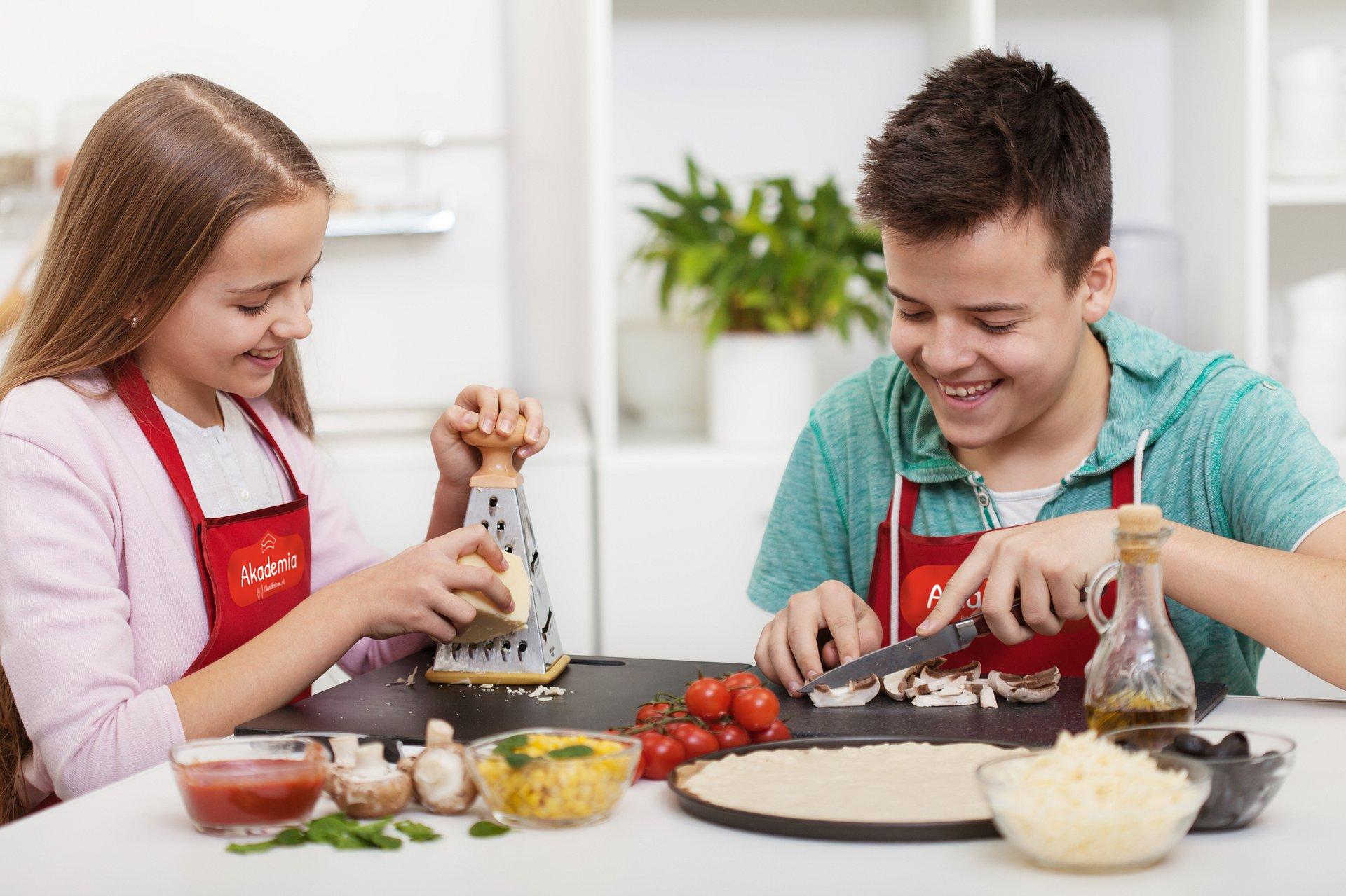 Rusza nowa edycja Akademii Uwielbiam – na uczniów czeka konkurs z nagrodami i solidna dawka wiedzy o prawidłowym odżywianiu.