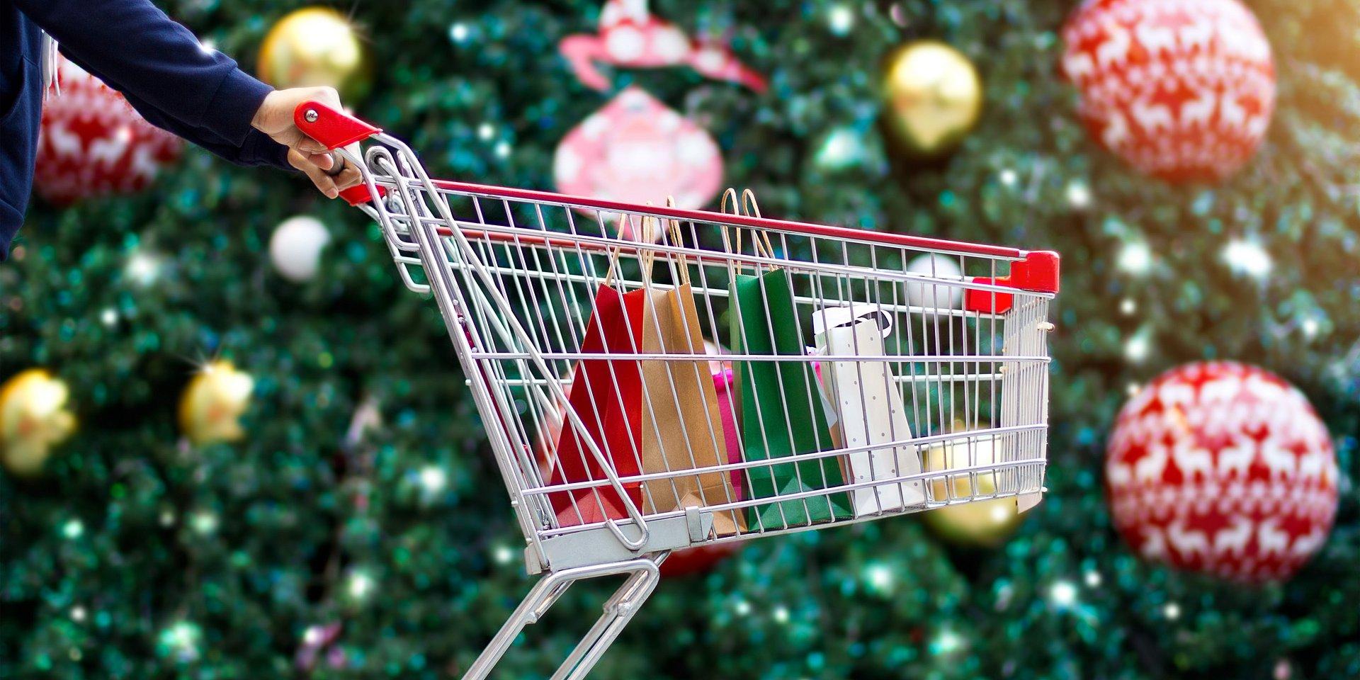 Polacy zakupy świąteczne robią na ostatnią chwilę. W grudniu największe centra handlowe odwiedzi ponad 1 mln klientów