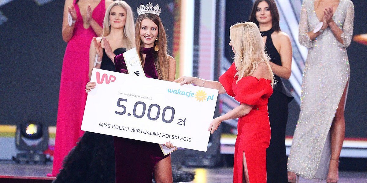 Miss Polski Wirtualnej Polski z nagrodą od Wakacje.pl