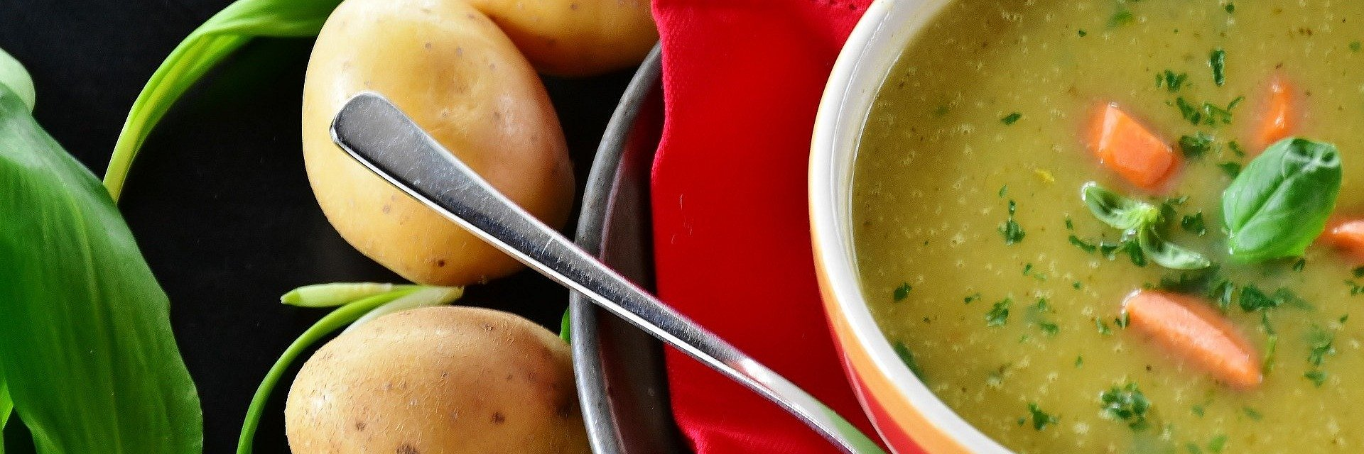 Szturm na cateringi dietetyczne. Z nowym rokiem Polacy chcą się zdrowiej odżywiać