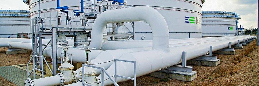 Dostawy ropy do Polski odbywają się bez zakłóceń