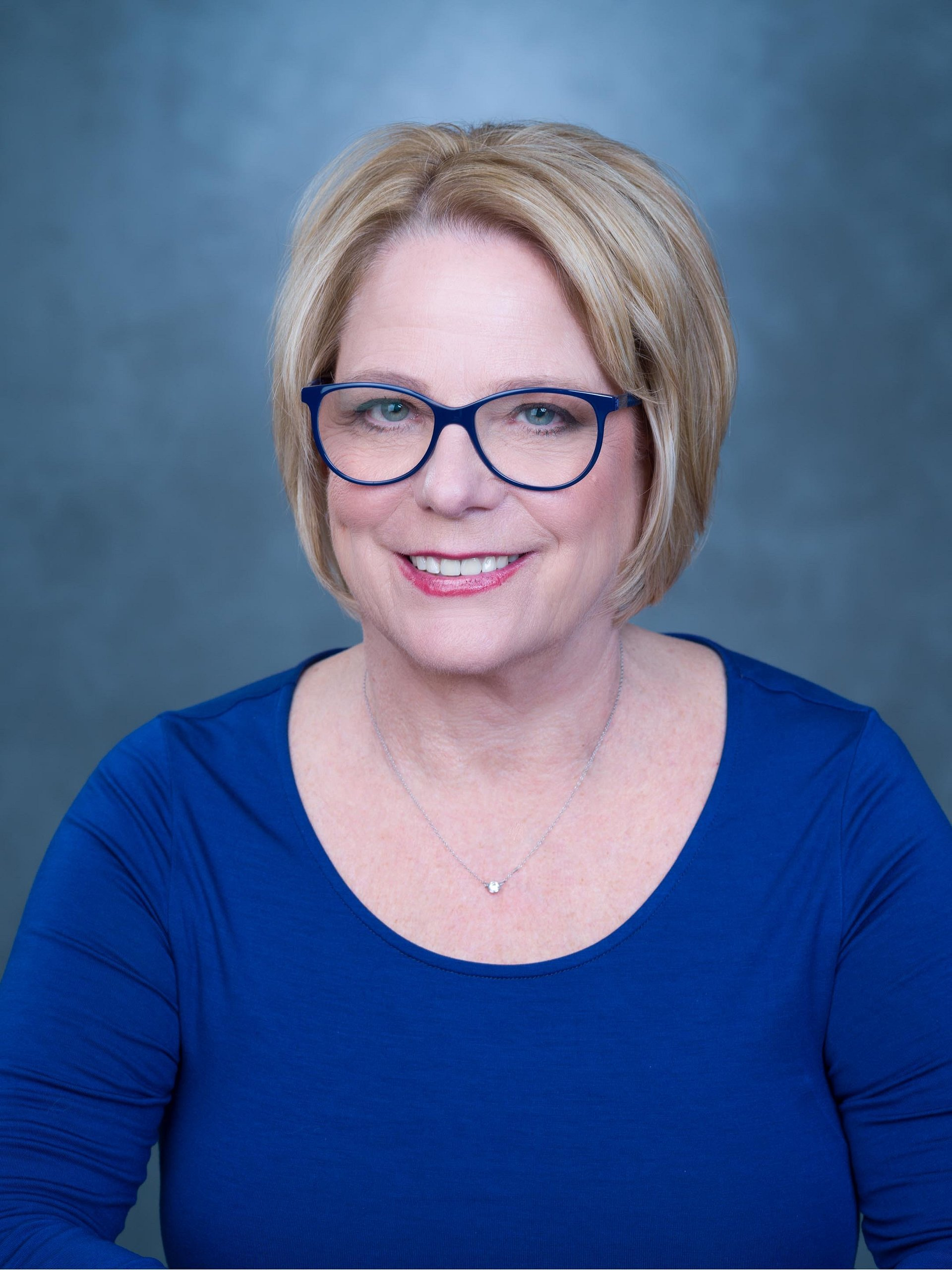 Barbara Lunsford Affiliates with the Tucson/Foothills Office of Coldwell Banker Residential Brokerage