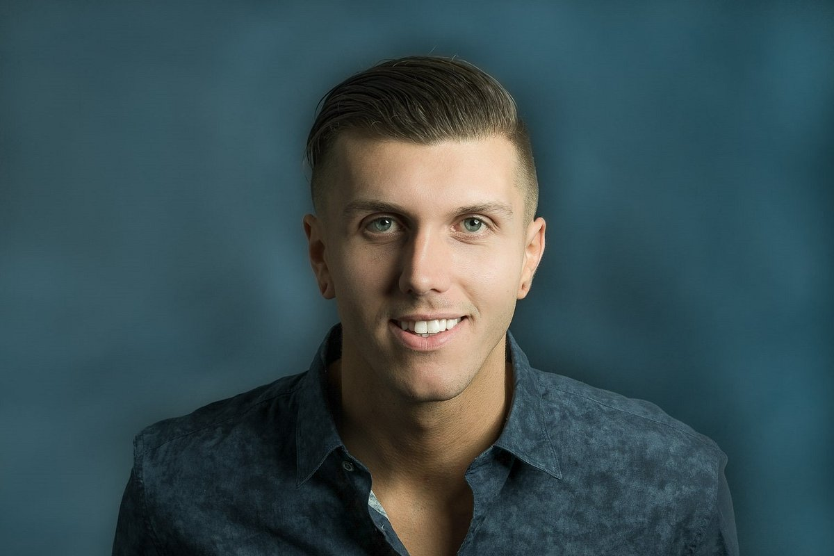 Cody Walls Affiliates with the Rancho Bernardo Office of Coldwell Banker Residential Brokerage