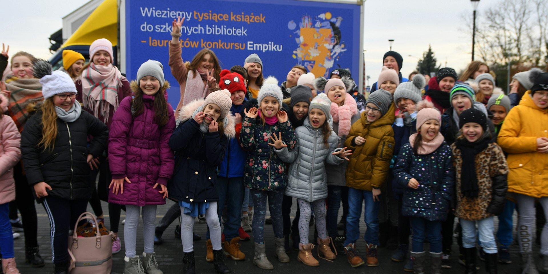 1000 książek od Empiku dla szkoły w Warszawie