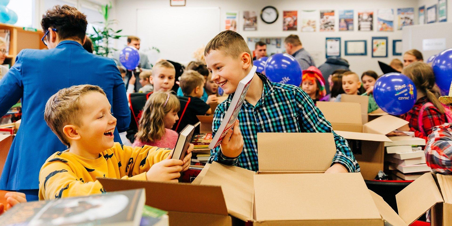 1000 książek od Empiku dla szkoły w Mrozach