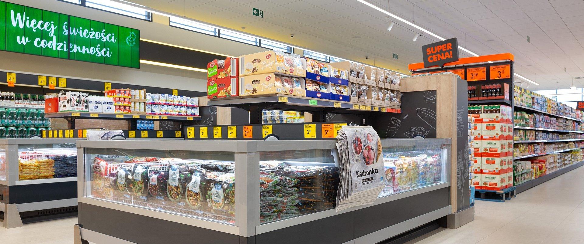 Biedronka przecenia żywność z bliskim terminem przydatności o 50%