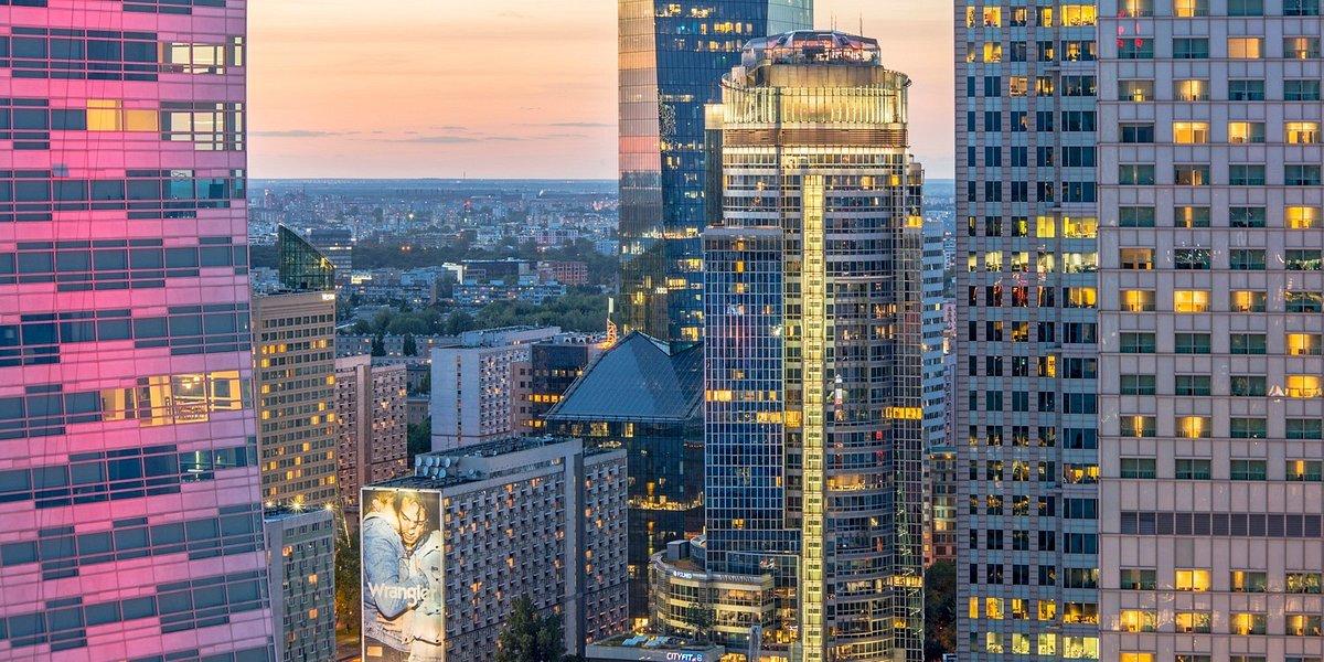 Polska Izba Ubezpieczeń na dłużej w Spektrum Tower