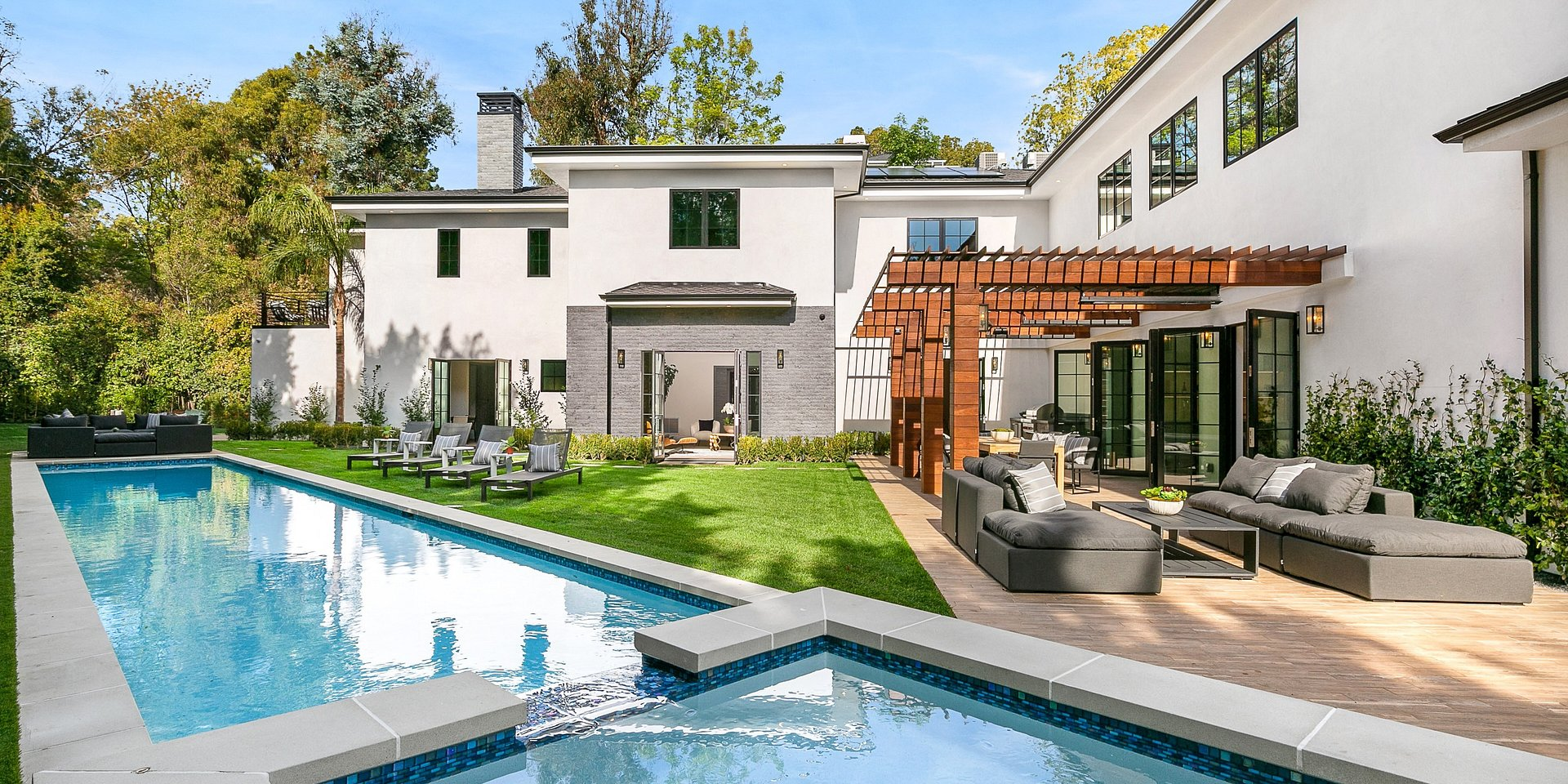 Coldwell Banker Realty Lists a New Los Angeles Property for $13,995,000 Million