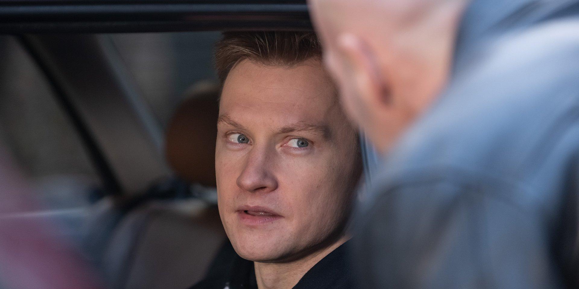 Na Wspólnej: Igor rozpracowuje bandytów – nie wie, że Julka jest w szpitalu!