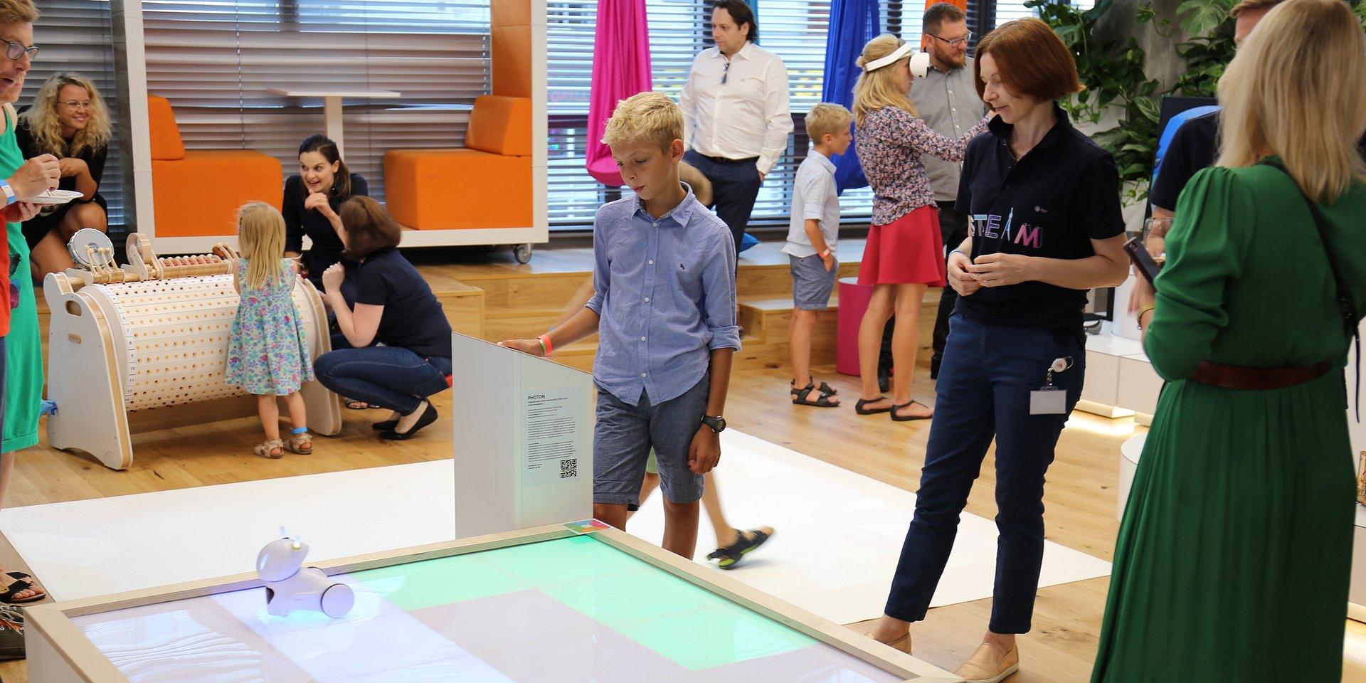 """""""Technologie użyteczne"""" – podsumowanie wystawy"""