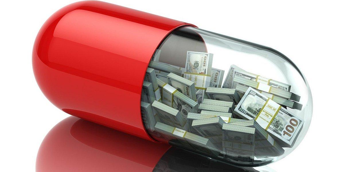 Ile zarabiają farmaceuci i technicy farmaceutyczni? [INFOGRAFIKA]