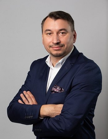 Piotr Sroka - Client Service Director