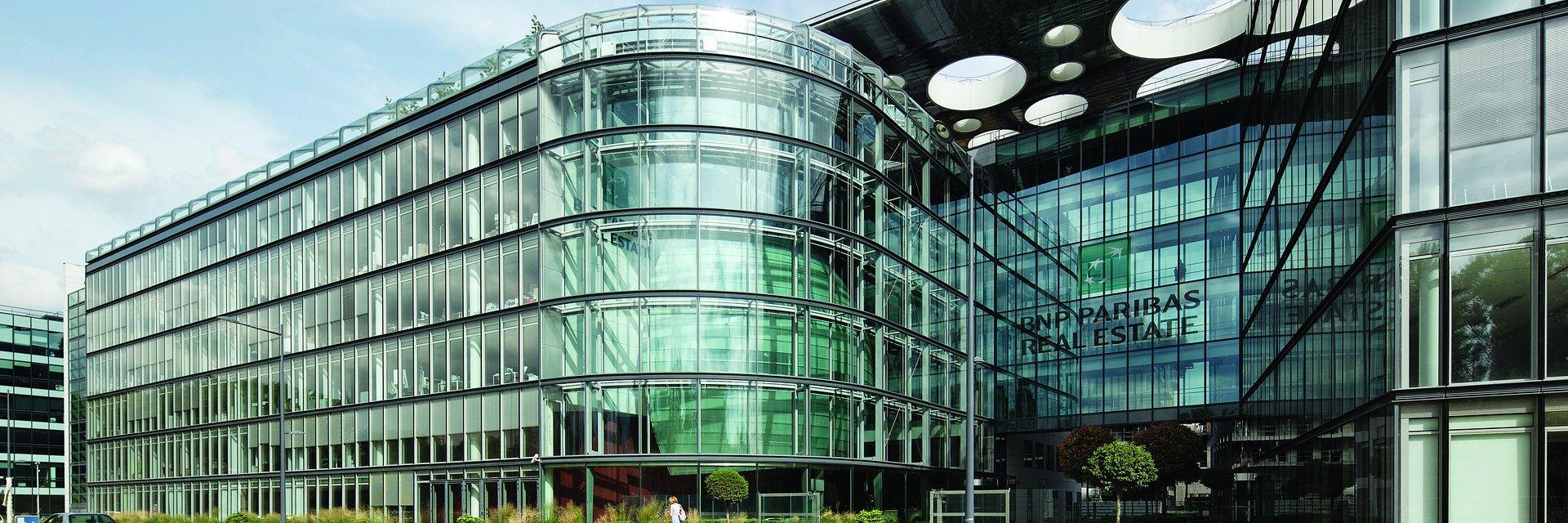 BNP Paribas Real Estate generuje rekordowe przychody w wysokości 1.01 mld euro w 2019 r., tym samym wyprzedzając założone cele