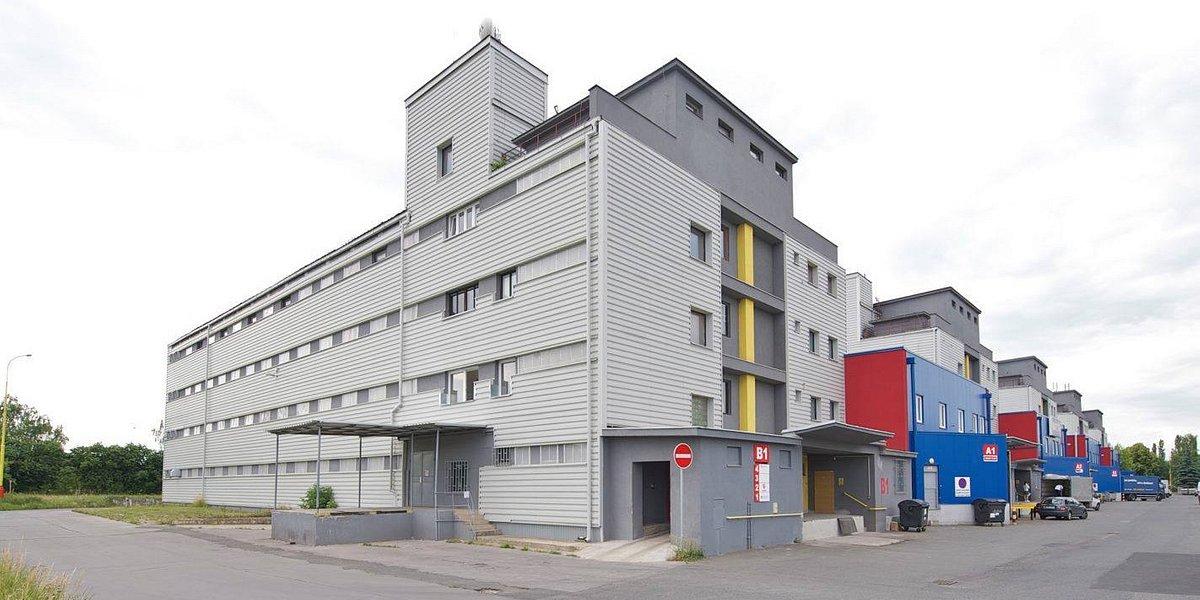 Nové skladové prostory a pozemek pro TZB Gienger