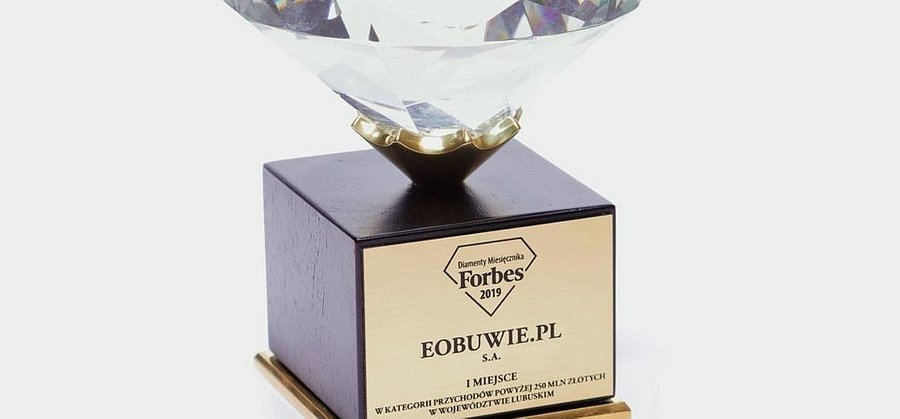 """eobuwie.pl z Diamentem miesięcznika """"Forbes"""""""