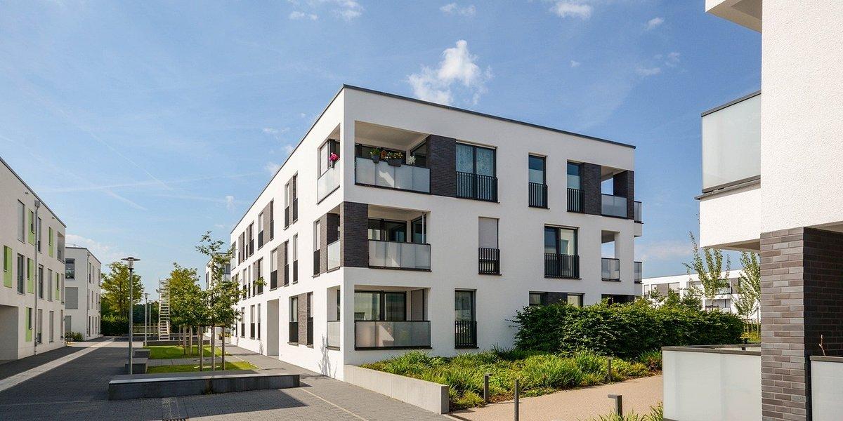 Polacy nie rezygnują z zakupów mieszkaniowych, ale mają obawy