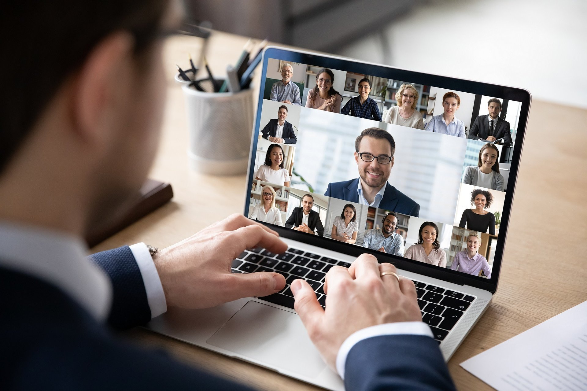 Home Office: jak odpowiednio zarządzać zespołem podczas pracy zdalnej?