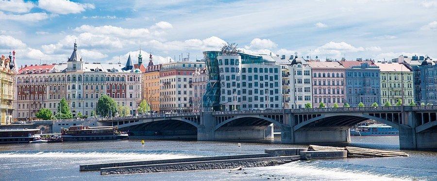 Tuzemským realitám stále vládnou čeští investoři
