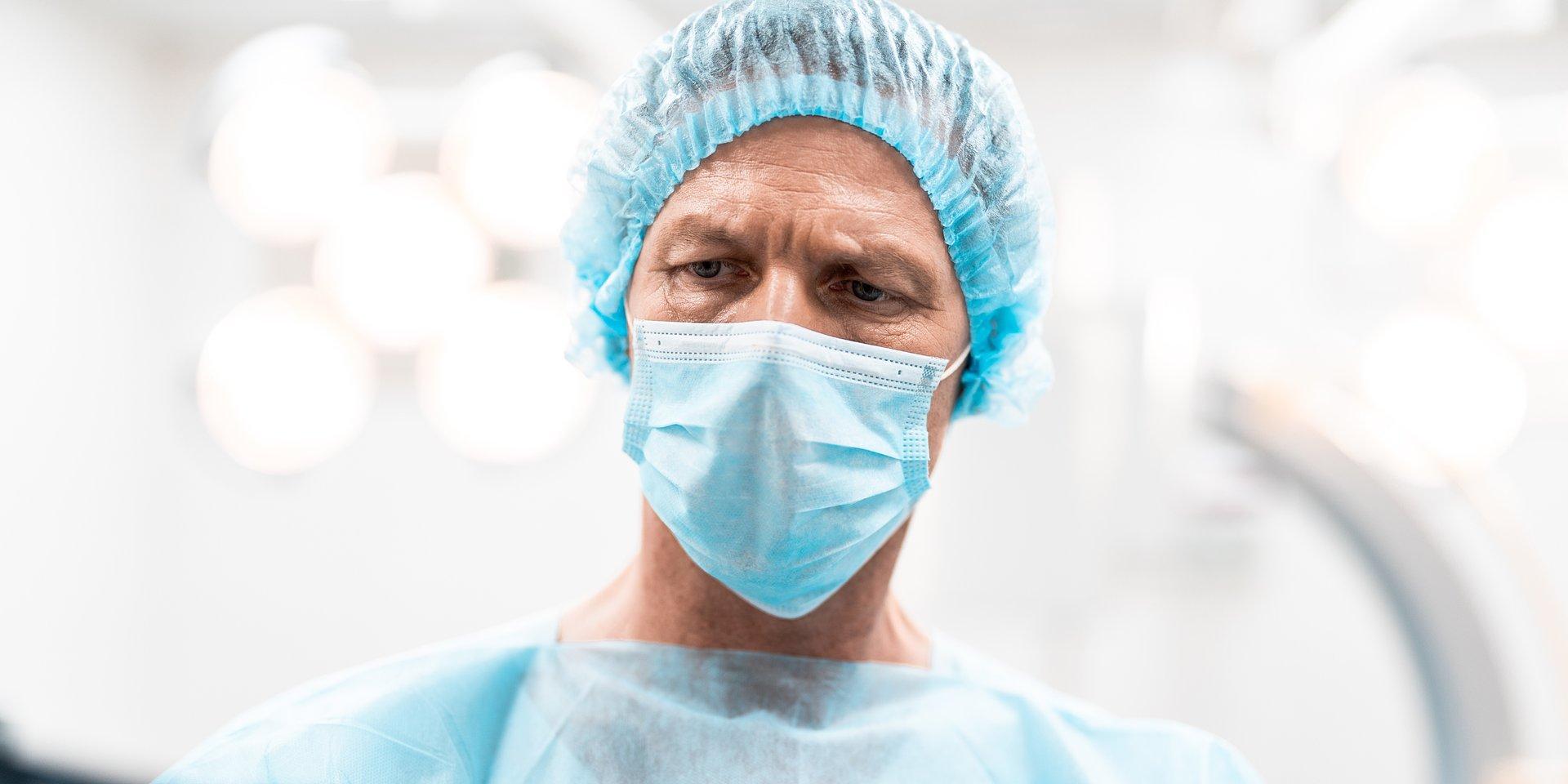 Lekarze – zawód wysokiego ryzyka. Wojna podjazdowa #zamaskowanych bohaterów