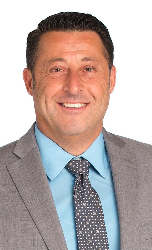 Coldwell Banker Realty Names Avi Barazani to Society of Excellence