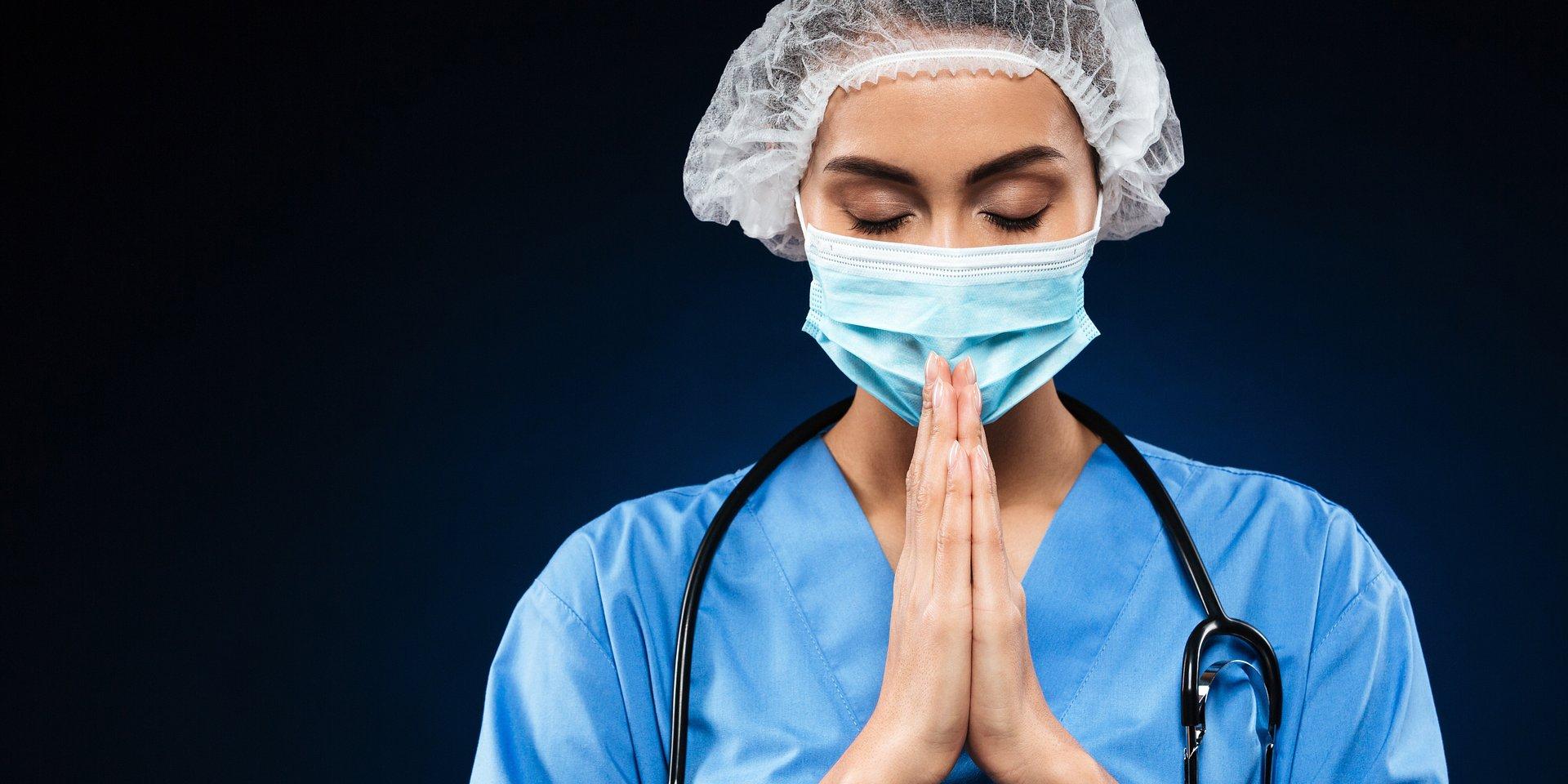 Apel o objęcie ubezpieczeniem personelu medycznego