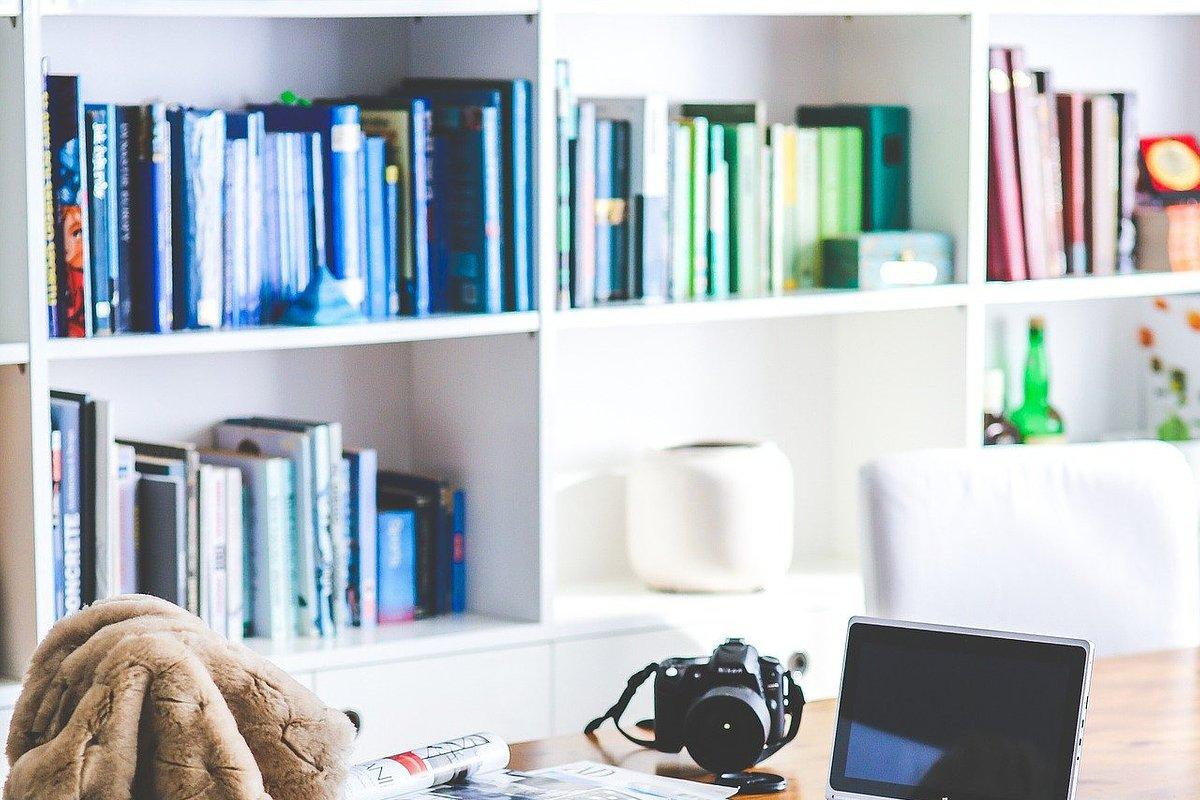 Obowiązkowa praca zdalna – jak nie zwariować w domu?