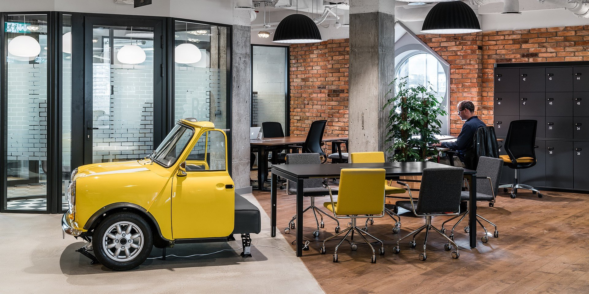 Elastyczne przestrzenie do pracy międzypokoleniowej