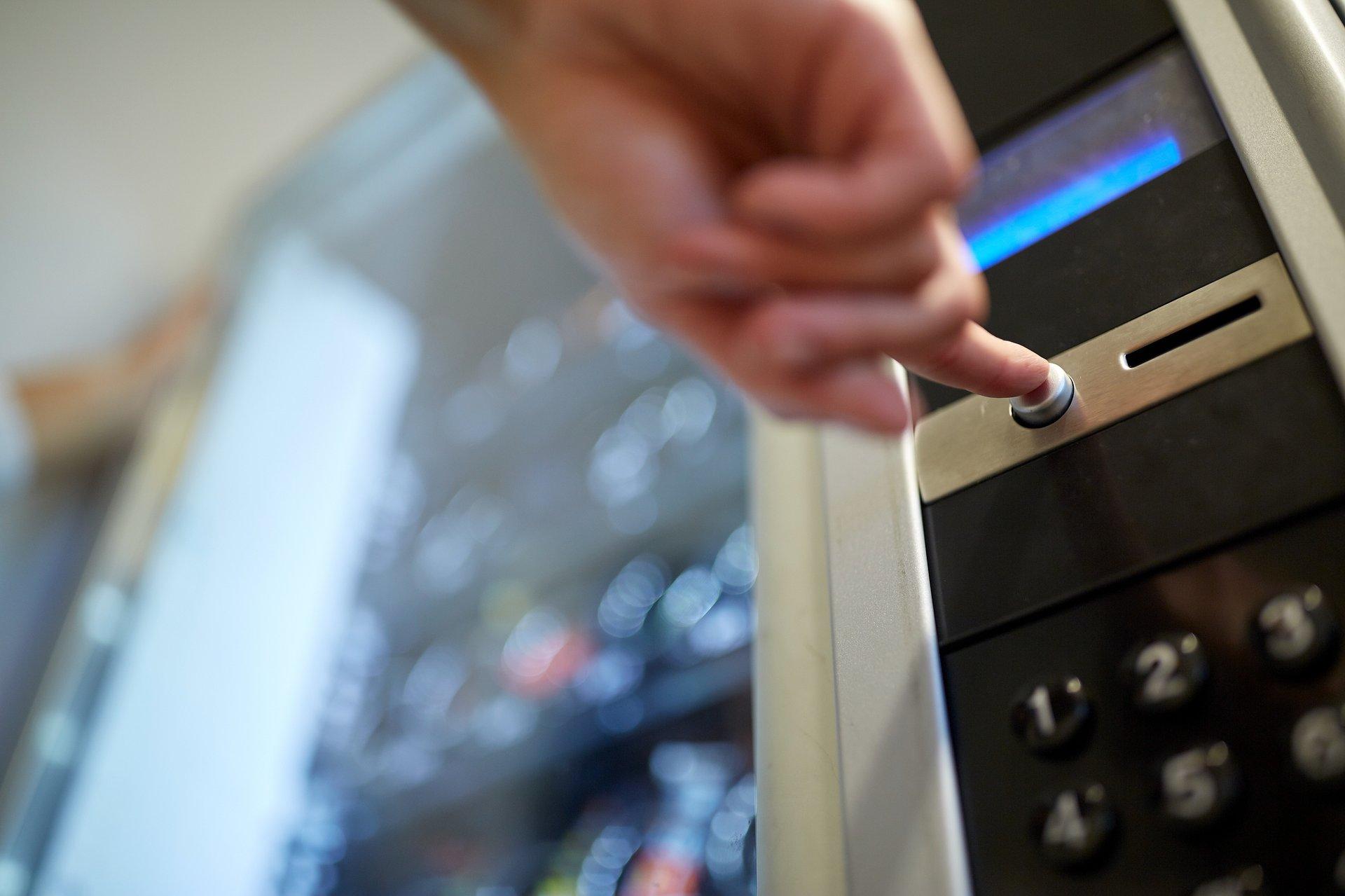 Maseczki dostępne w automatach vendingowych
